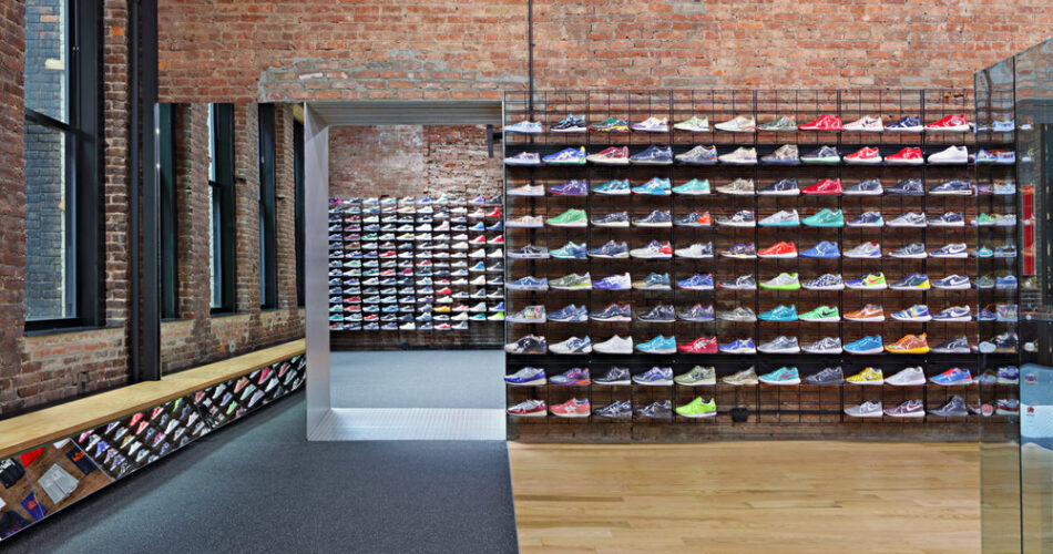44 SNEAKERS STORES IN NEW YORK